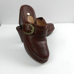 NEW! Ariat Horseshoe Buckle Mule Brown Leather 7.5